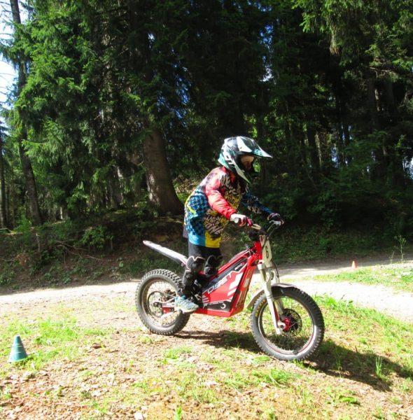 Stage Moto Electrique – 8/14 ans