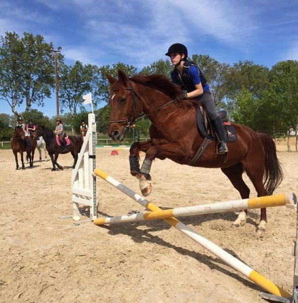 Séjour de vacances 100 % équitation – 7/17 ans